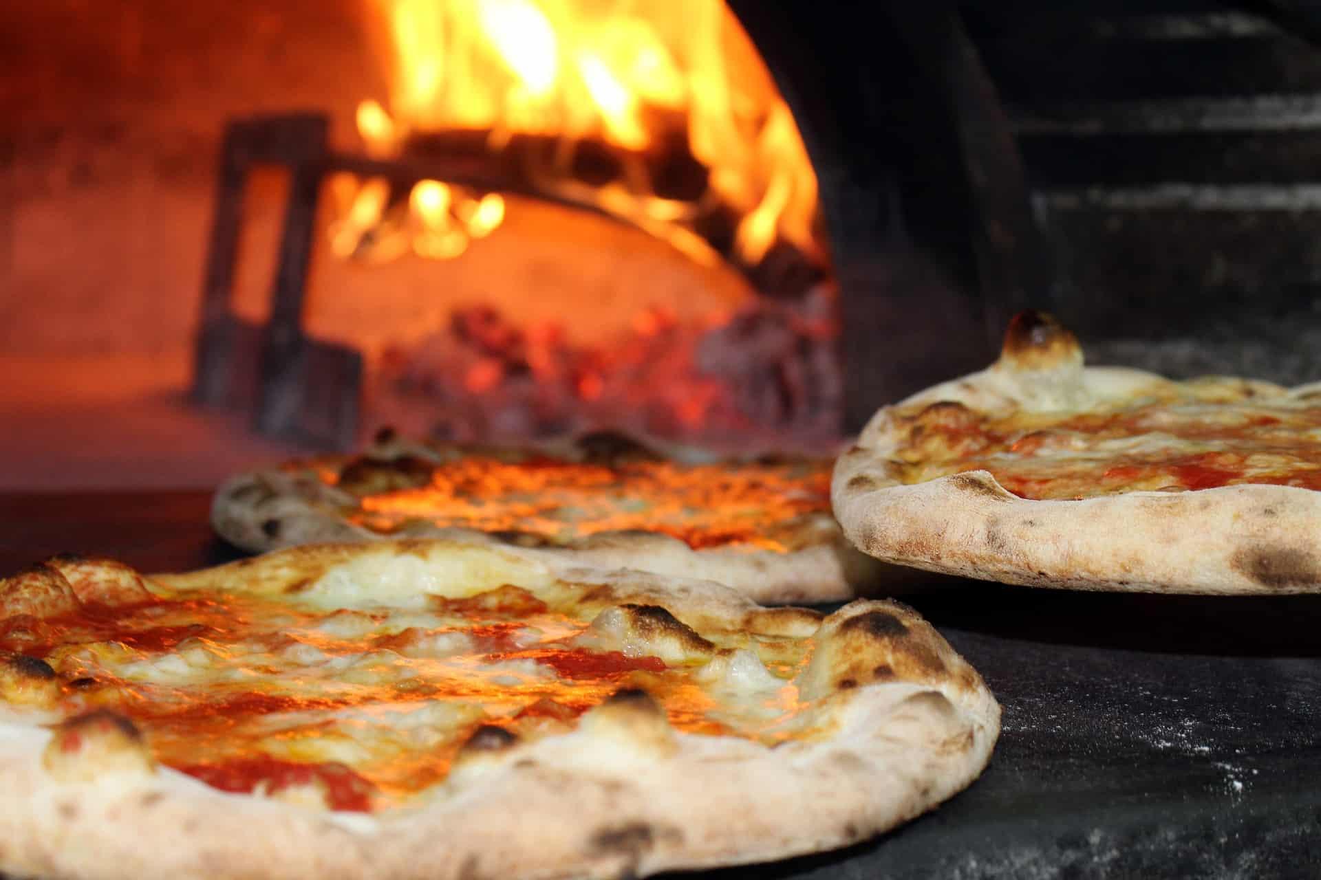 Pizzaofen für den Garten: Test & Empfehlungen (01/21)